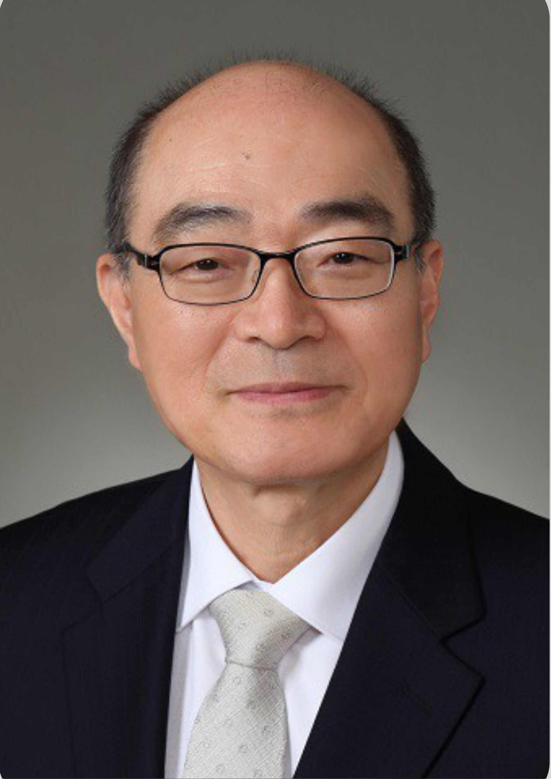 Dr. Hee-chan Lew