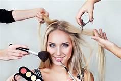 Level Professional formamos a profesionales de la peluquería
