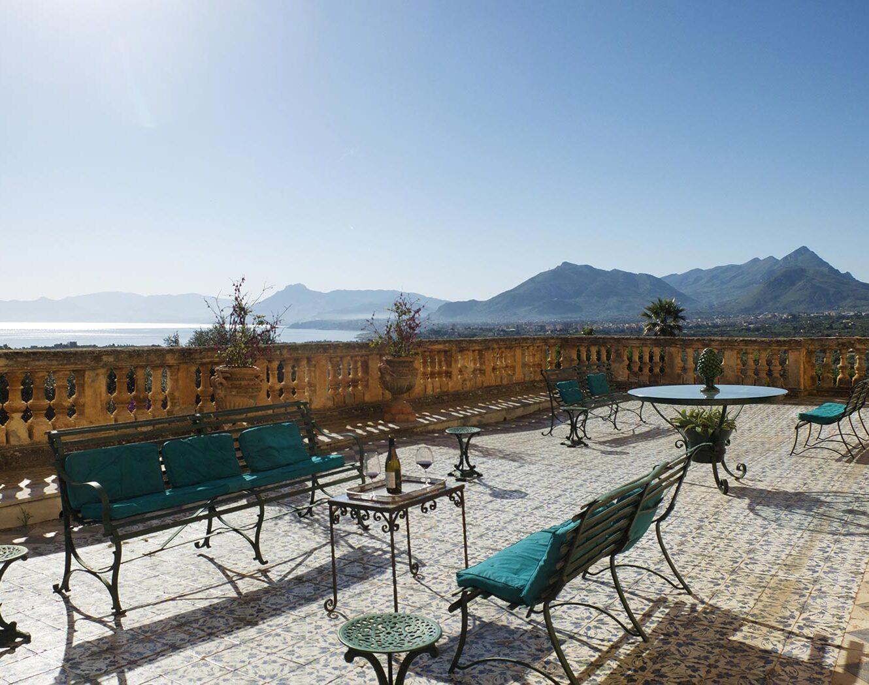 Terrace - villa valguarnera