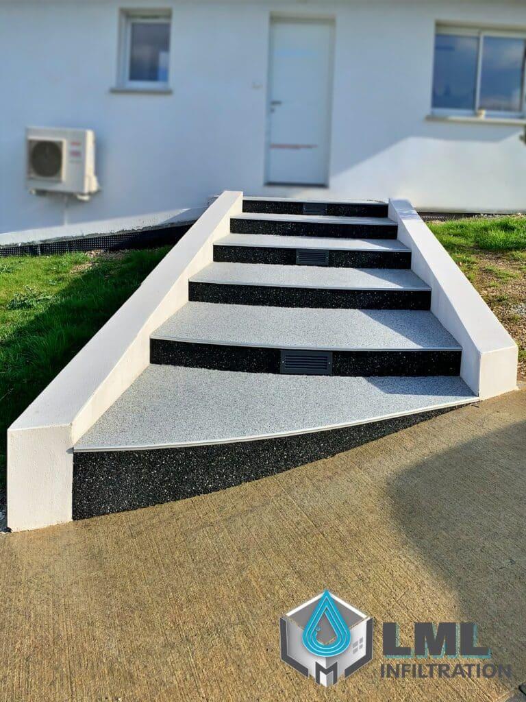 Entrée maison granulat de marbre