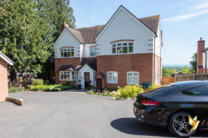 5 Mulberry House, 11 Holly View Drive, Malvern, Worcestershire, WR14 4BF.