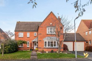 62 Sandles Road, Droitwich Spa, #Worcestershire, WR9 8RA.