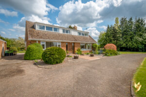 Roseland, Clifton, Severn Stoke, #Worcestershire  WR8 9JF