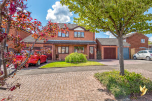 26 Kingfisher Close, St Peters, Worcester #Worcestershire  WR5 3RY