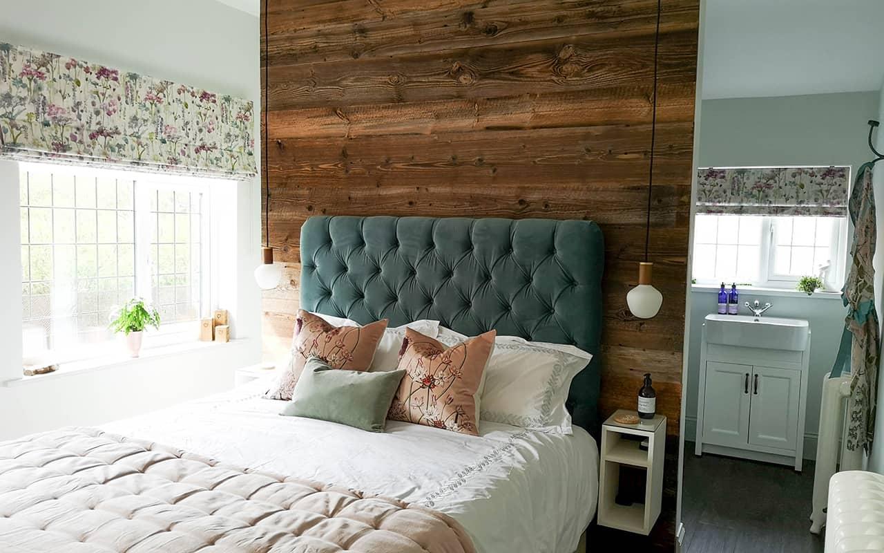 Bedroom Suite in Solihull