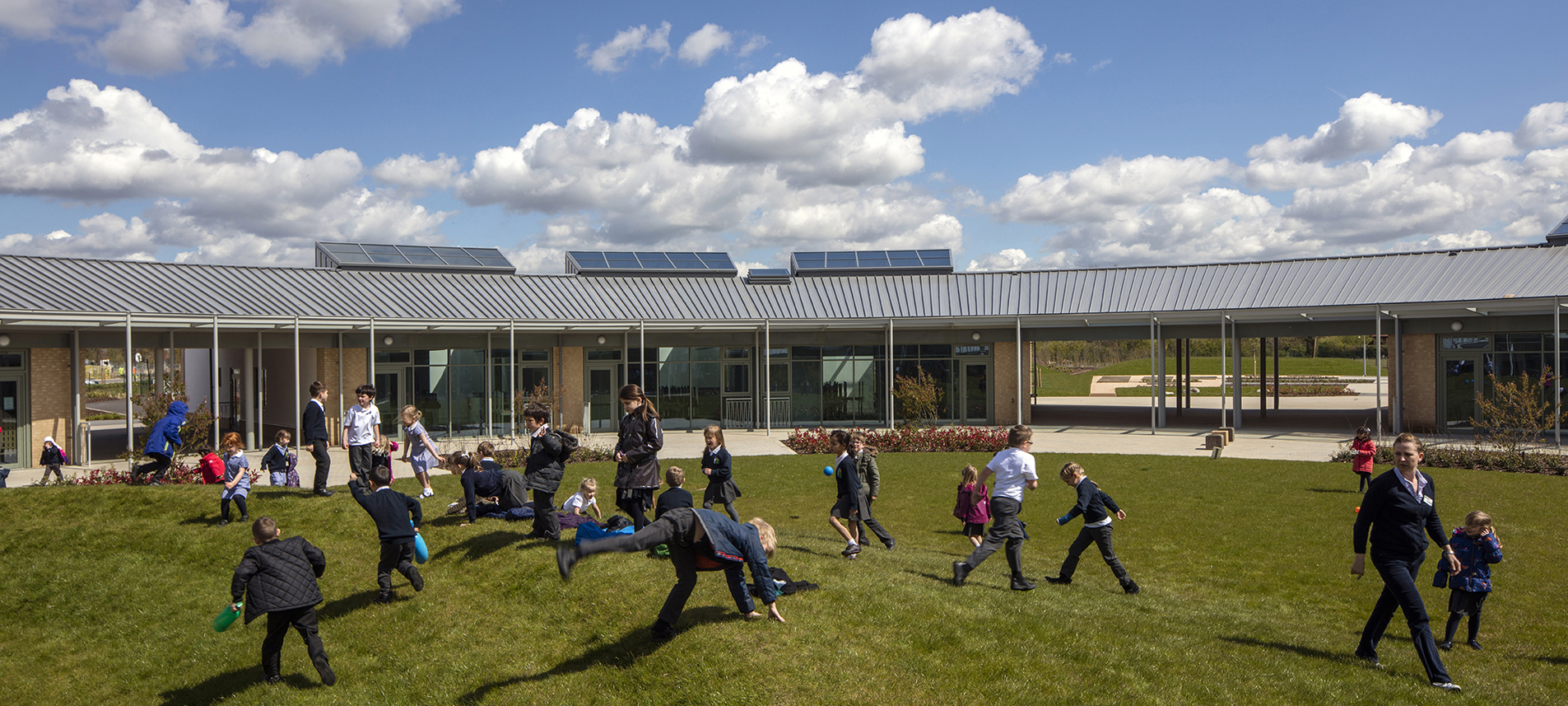 Cambridge University Primary School by Marks Barfield Architects