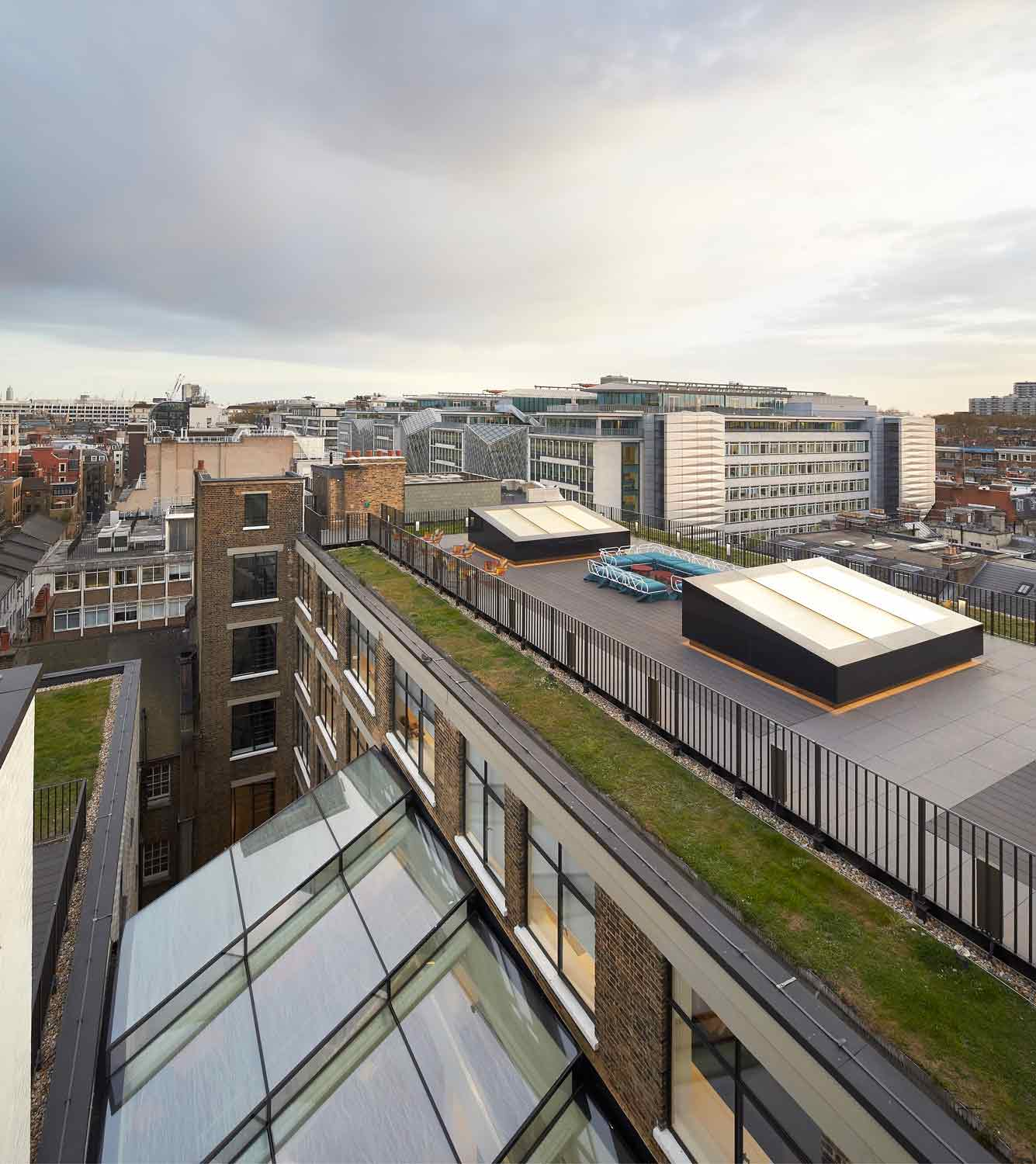 roof terrace view - 82 Baker Street by Marks Barfield Architects