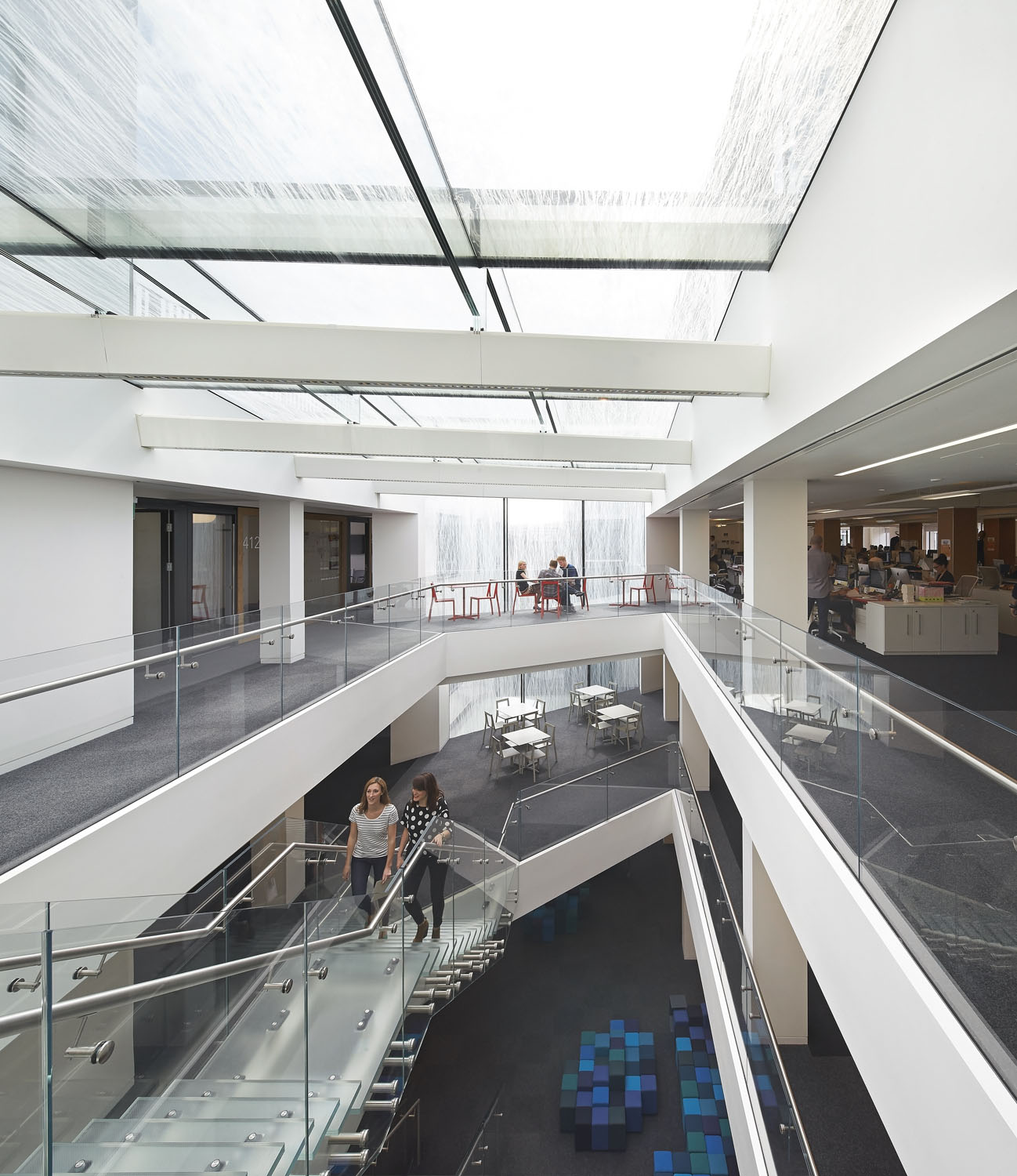 atrium interior view - 82 Baker Street by Marks Barfield Architects