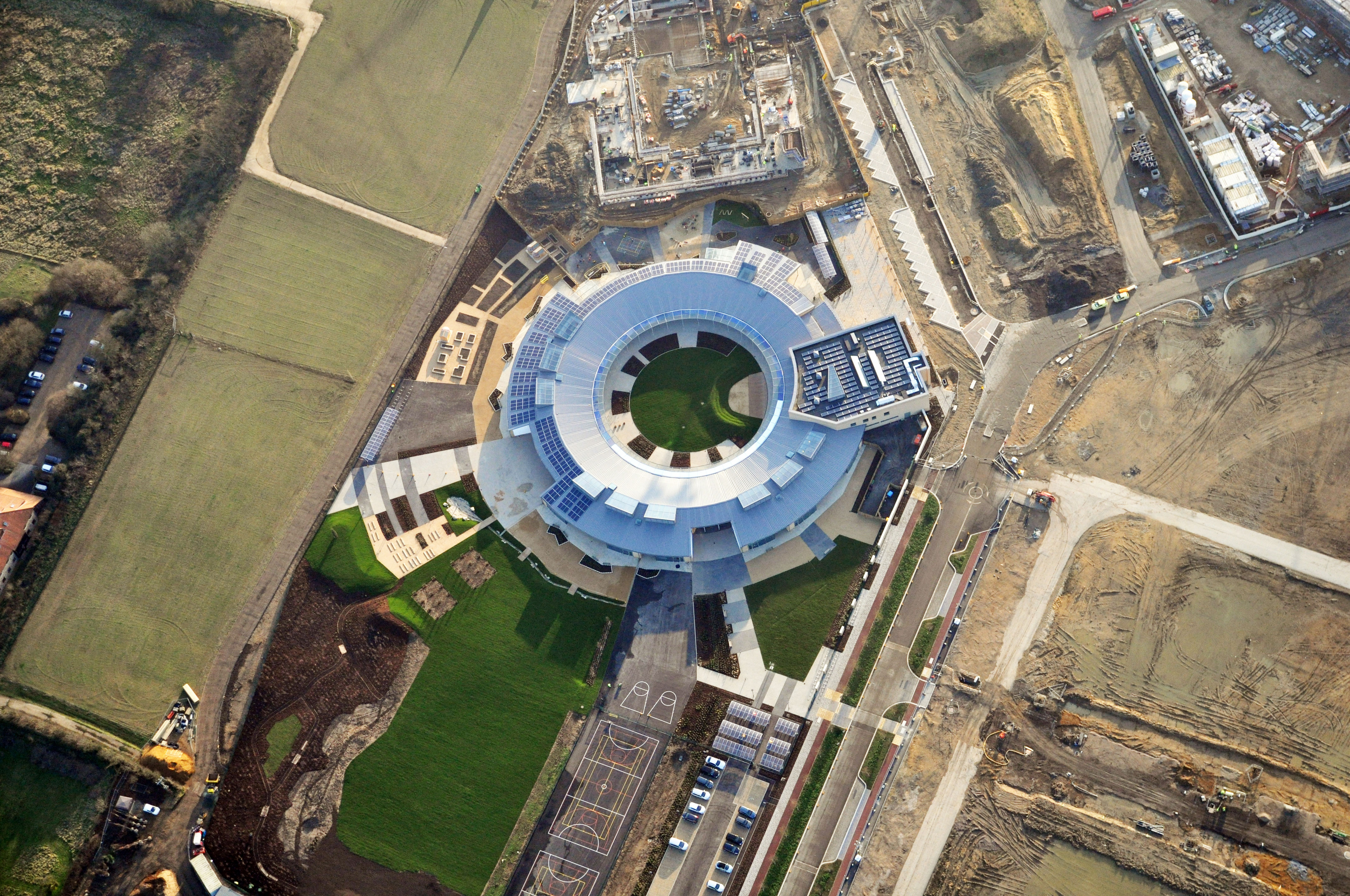 aerial view - University of Cambridge Primary School by Marks Barfield Architects