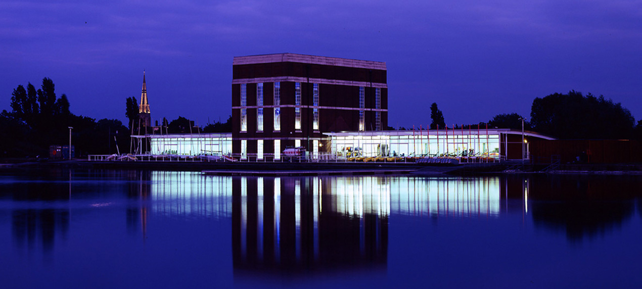 west reservoir view - Stoke Newington Watersports Centre by Marks Barfield Architects
