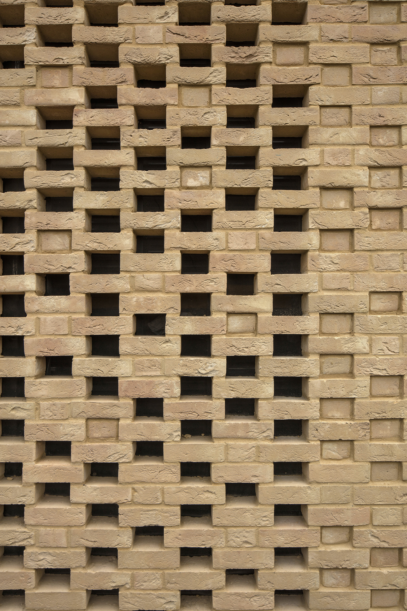 brickwork - University of Cambridge Primary School by Marks Barfield Architects