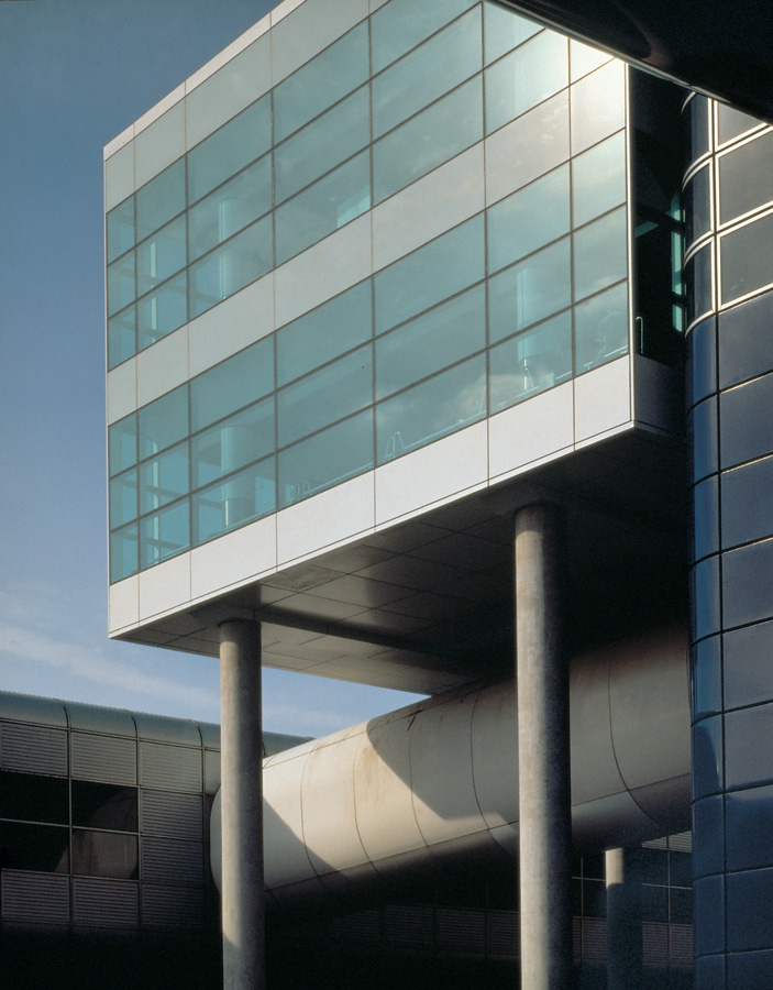 Gatwick North Terminal Extension Glazing by Marks Barfield Architects