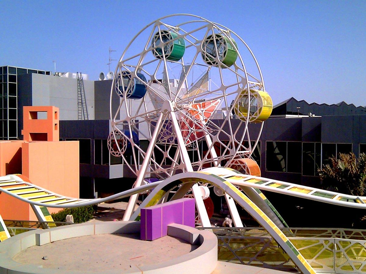 ferris wheel Bayt Abdullah, Children's Hospice by Marks Barfield Architects