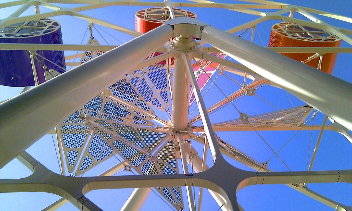 ferris wheel Bayt Abdullah, Children's Hospice by Marks Barfield Architects