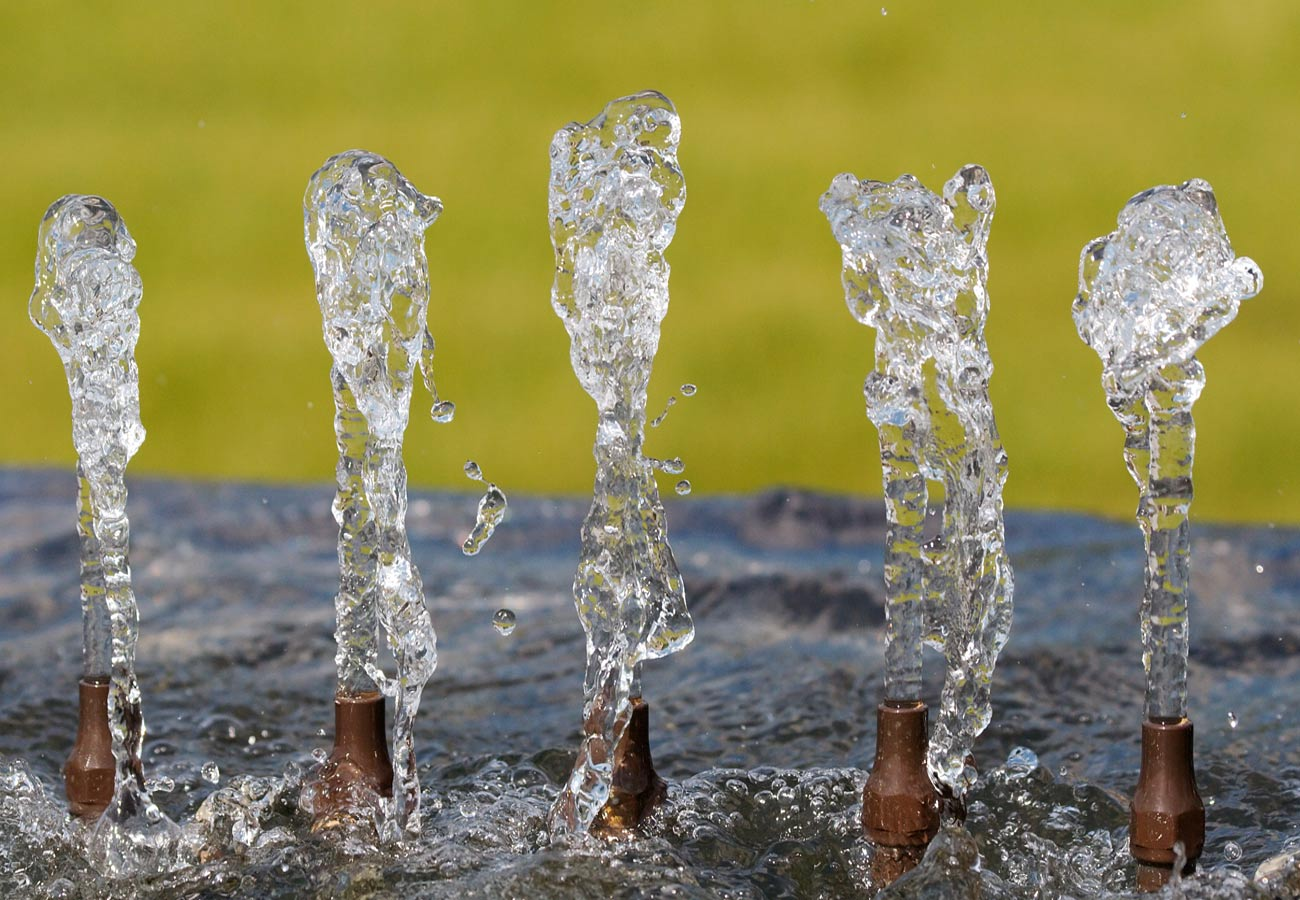 Drinking Water Fountain concept by Marks Barfield Architects