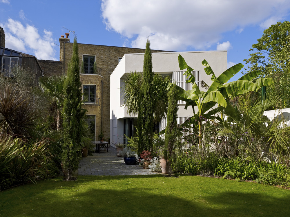 Priory Grove Back Garden by Marks Barfield Architects