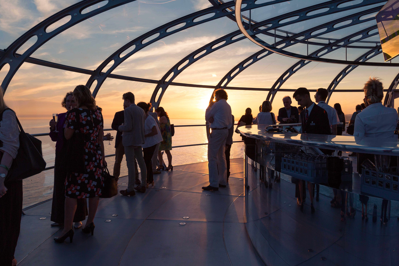 Brighton i360 pod sunset, Marks Barfield Architects