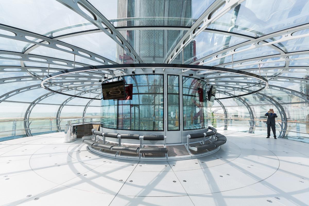Brighton i360 pod Marks Barfield Architects