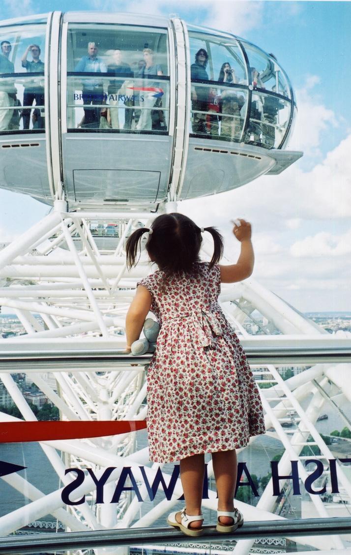 London Eye Child by Paul Trevor, Marks Barfield Architects