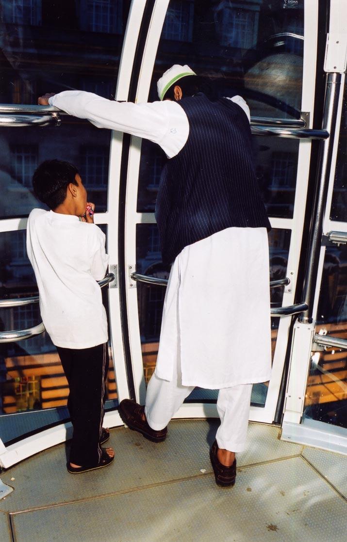 London Eye Muslims by Paul Trevor, Marks Barfield Architects