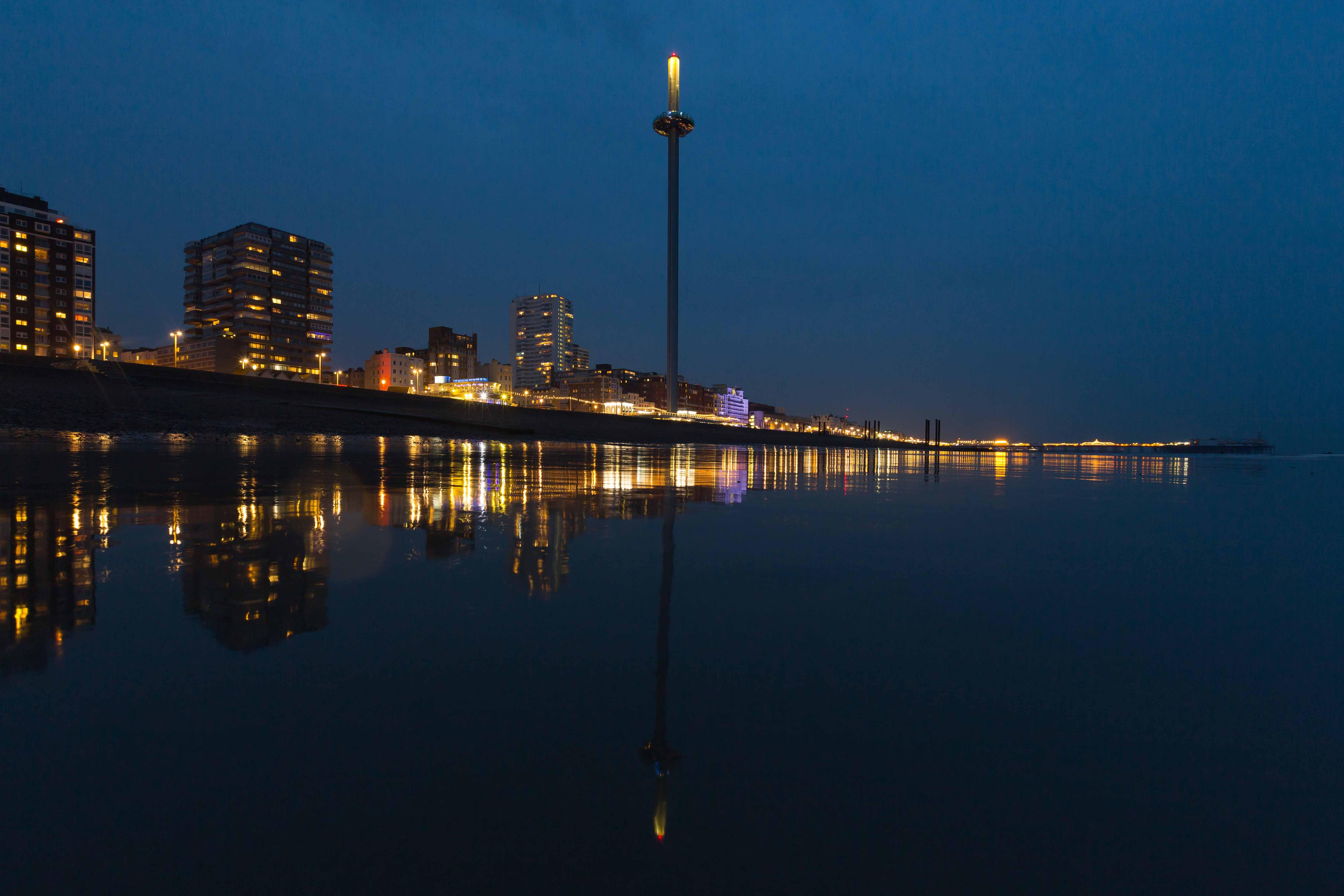 Brighton i360 night Marks Barfield Architects