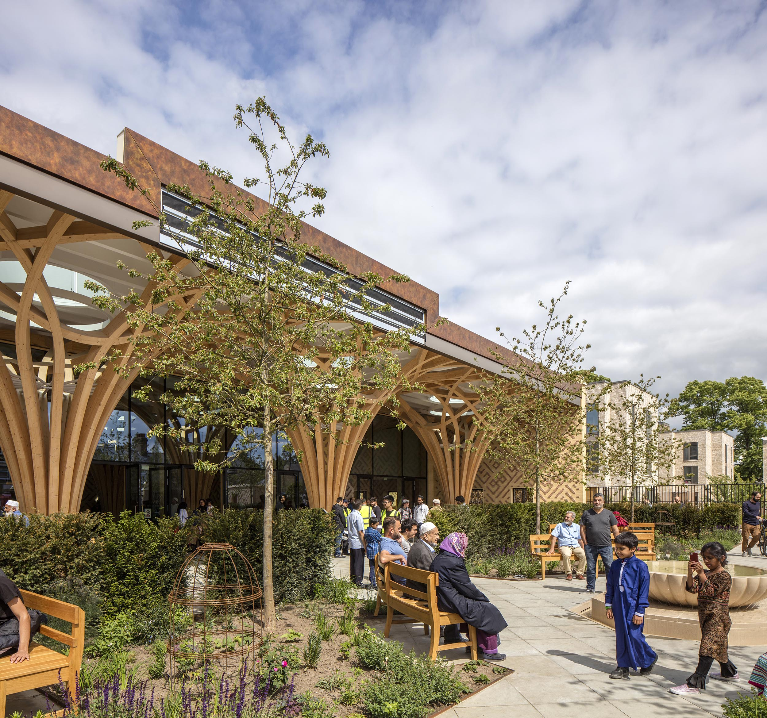 Cambridge Mosque - Garden - by Marks Barfield Architects