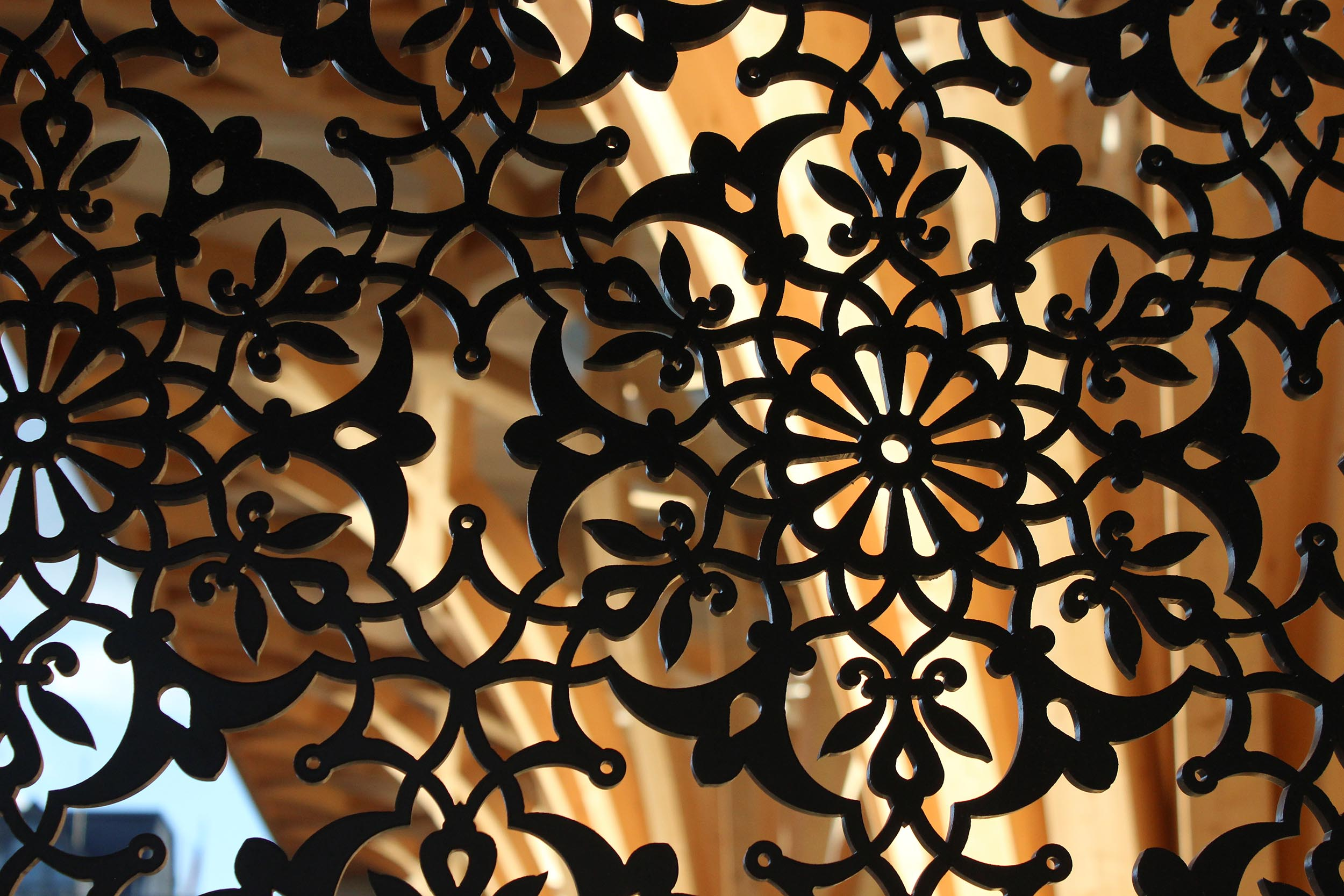 Cambridge Mosque Decorative screen in front portico by Marks Barfield Architects, photo by Matt Wingrove