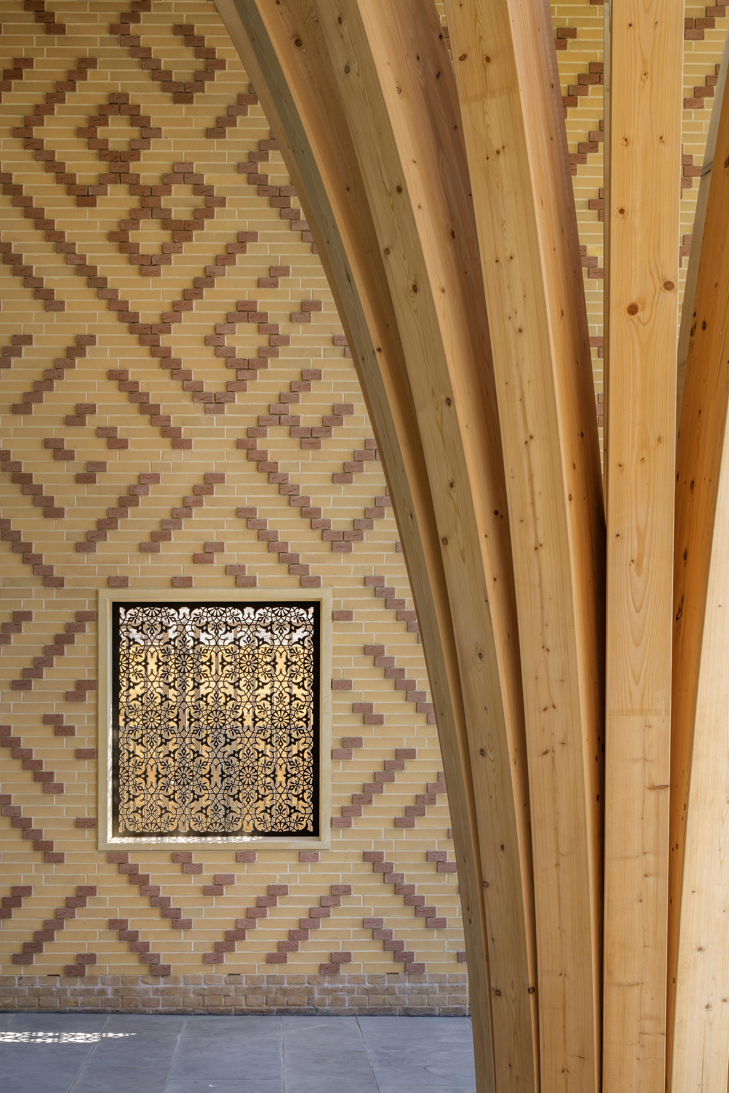 Cambridge Mosque Decorative screen detail by Marks Barfield architects, photography by Morley von Sternberg