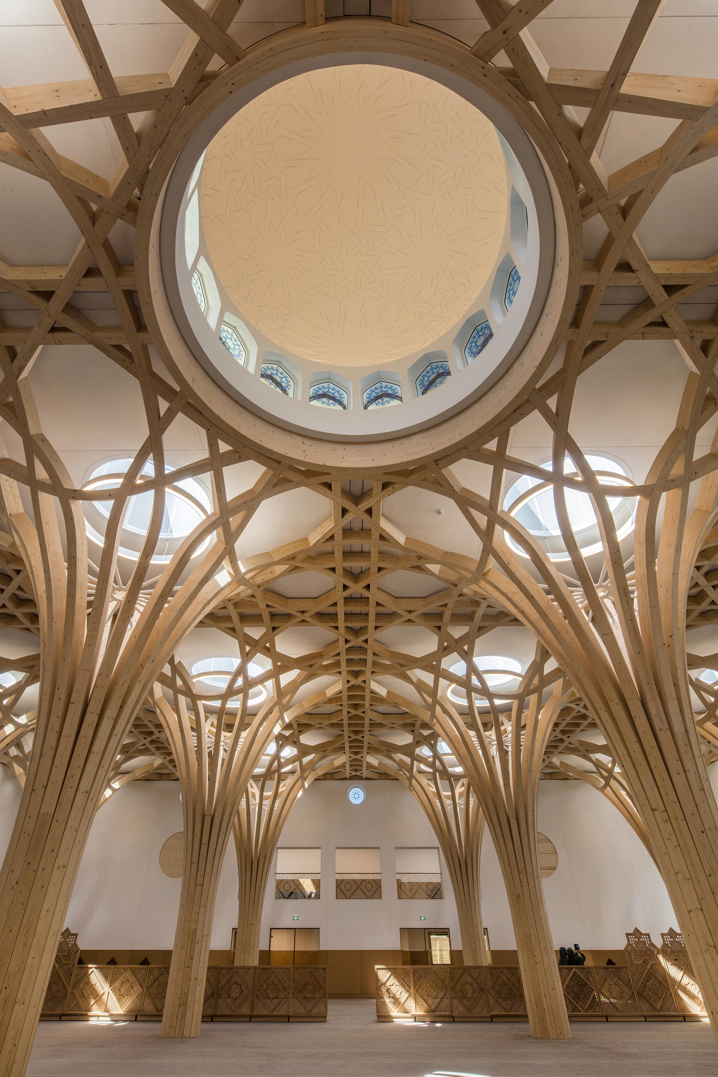 Cambridge mosque Prayer Hall and dome by Marks Barfield architects, photography by Morley von Sternberg