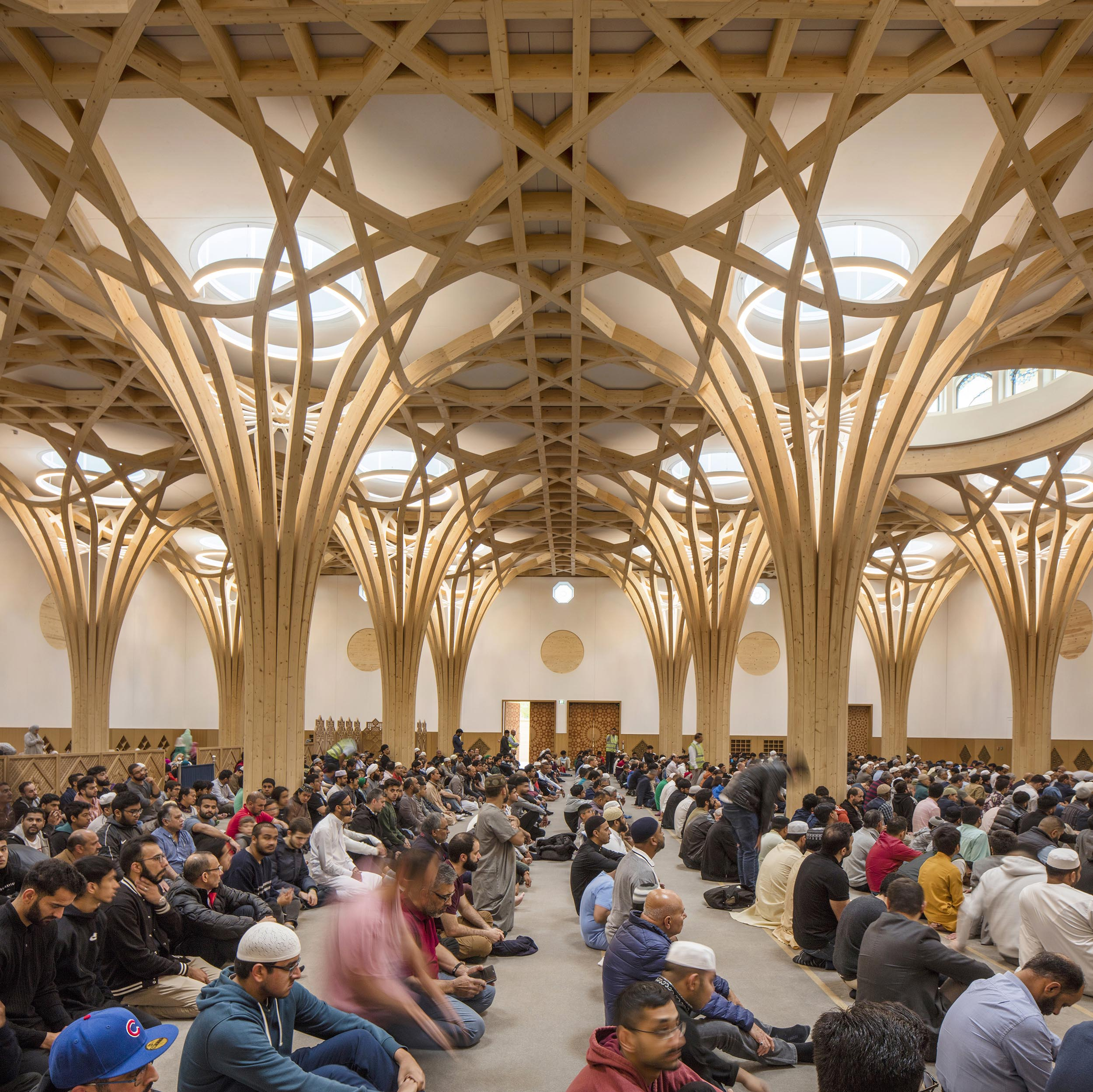Cambridge Mosque Prayer Hall by Marks Barfield Architects, photography by Morley von Sternberg,