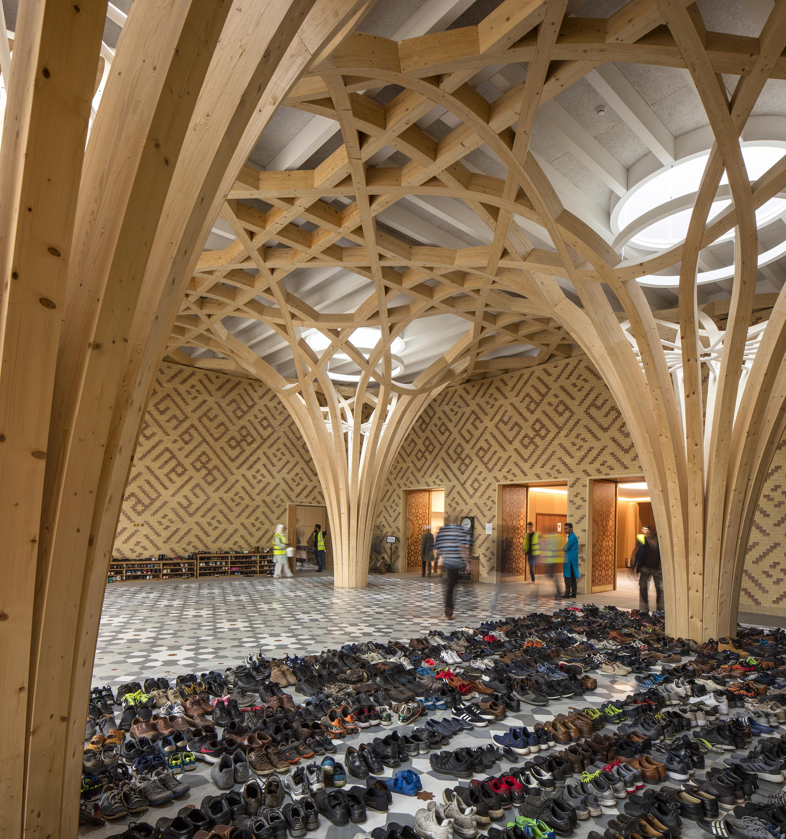 Cambridge Mosque Atrium by Marks Barfield Architects, photography by Morley von Sternberg,