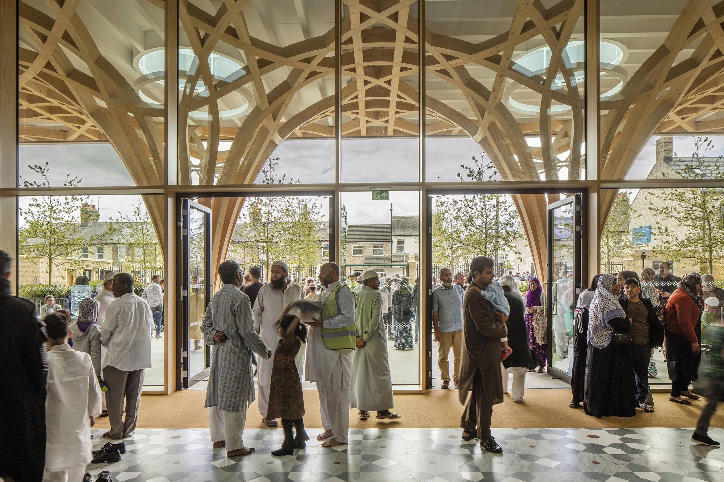 Cambridge Mosque - Atrium - by Marks Barfield Architects, photo Morley von Sternberg