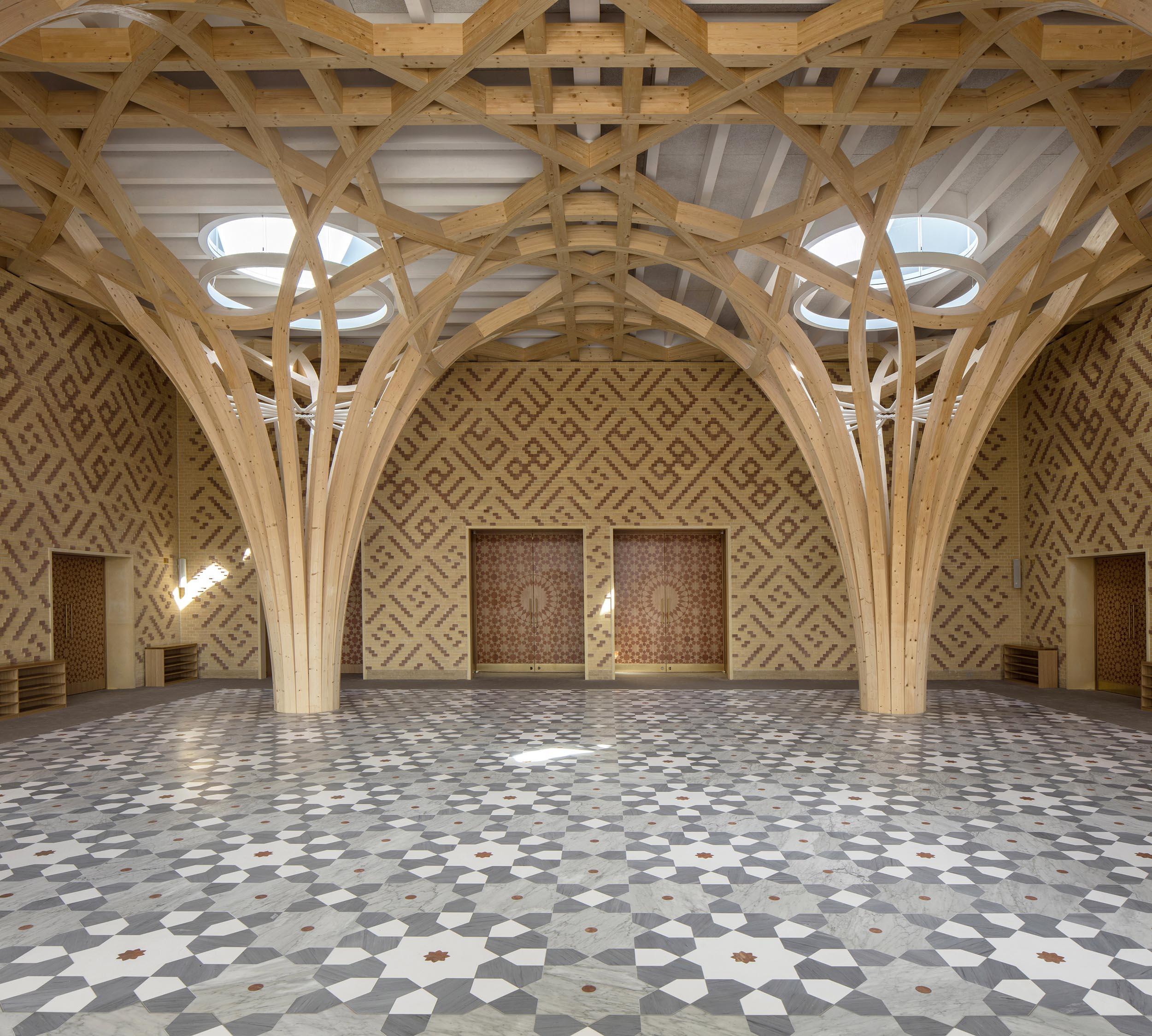 Cambridge Mosque - Atrium Columns - by Marks Barfield Architects, photo Morley von Sternberg