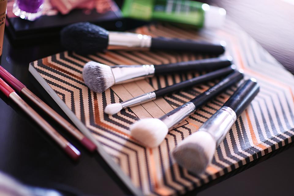 five-make-up-brush-essentials-zoe-newlove-beauty-blogger-zoe-newlove