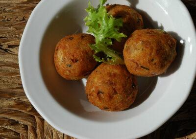 Tirokeftedakia - cheeseballs