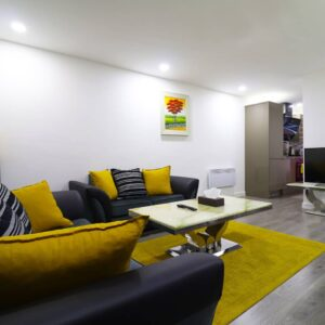 1 large bedroom 15