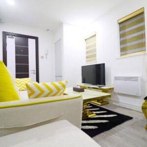 1 small bedroom 9