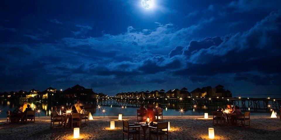 Reisen in Style Magazin - Malediven Bucketlist - Gili Lankanfushi Full Moon Dinner