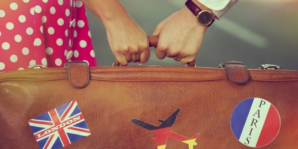 Ein - und Ausreisen zwischen EU und UK werden für die nächsten 11 Monate  unbeeinträchtigt bleiben.