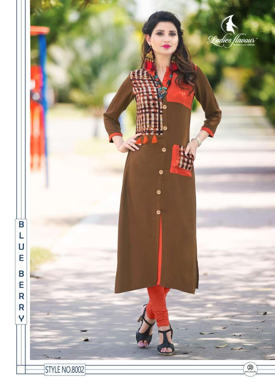 New Fashion Straight Long Kurti in Check Print