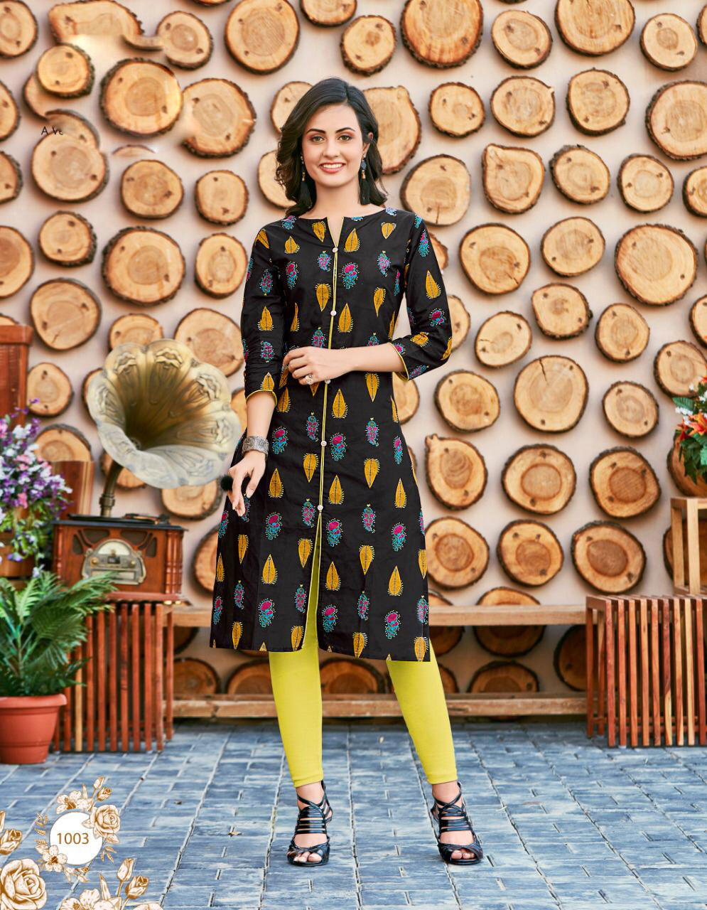 Cheap and best royal summer kurti for women yellow Black Colour