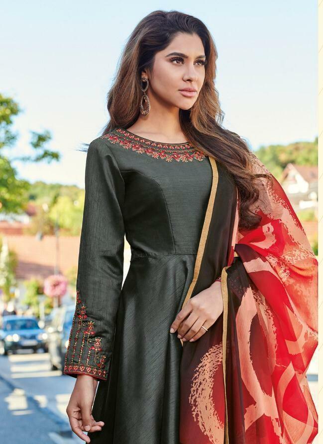 Shradha Arya Style Gown in Grey Colour With Royal Dupatta