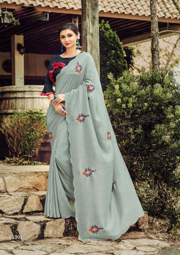 3. New Designer gray color plain saree with contrast blouse. Our saree is a gift of pure hindu tradition. Women wear this saree can see look like a royal queen. It is necessary to always wear a saree.So please don't get late come to this site for shahifits
