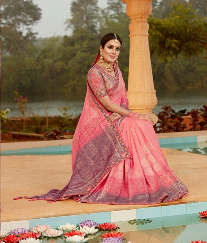 New Best Traditional Pink Color Silk Saree With Contrast Blouse