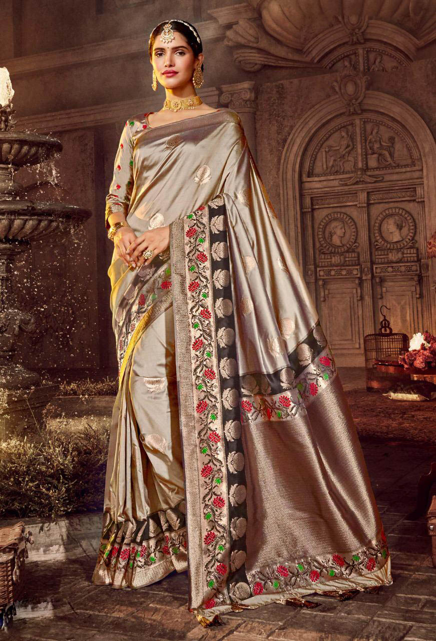 New Best Grey Color Pure Silk Saree With Online Cost.