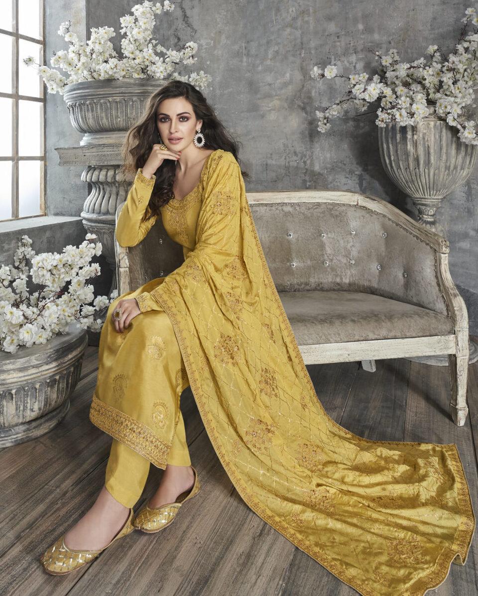 Designer Heavy Punjabi Wedding Suits Online