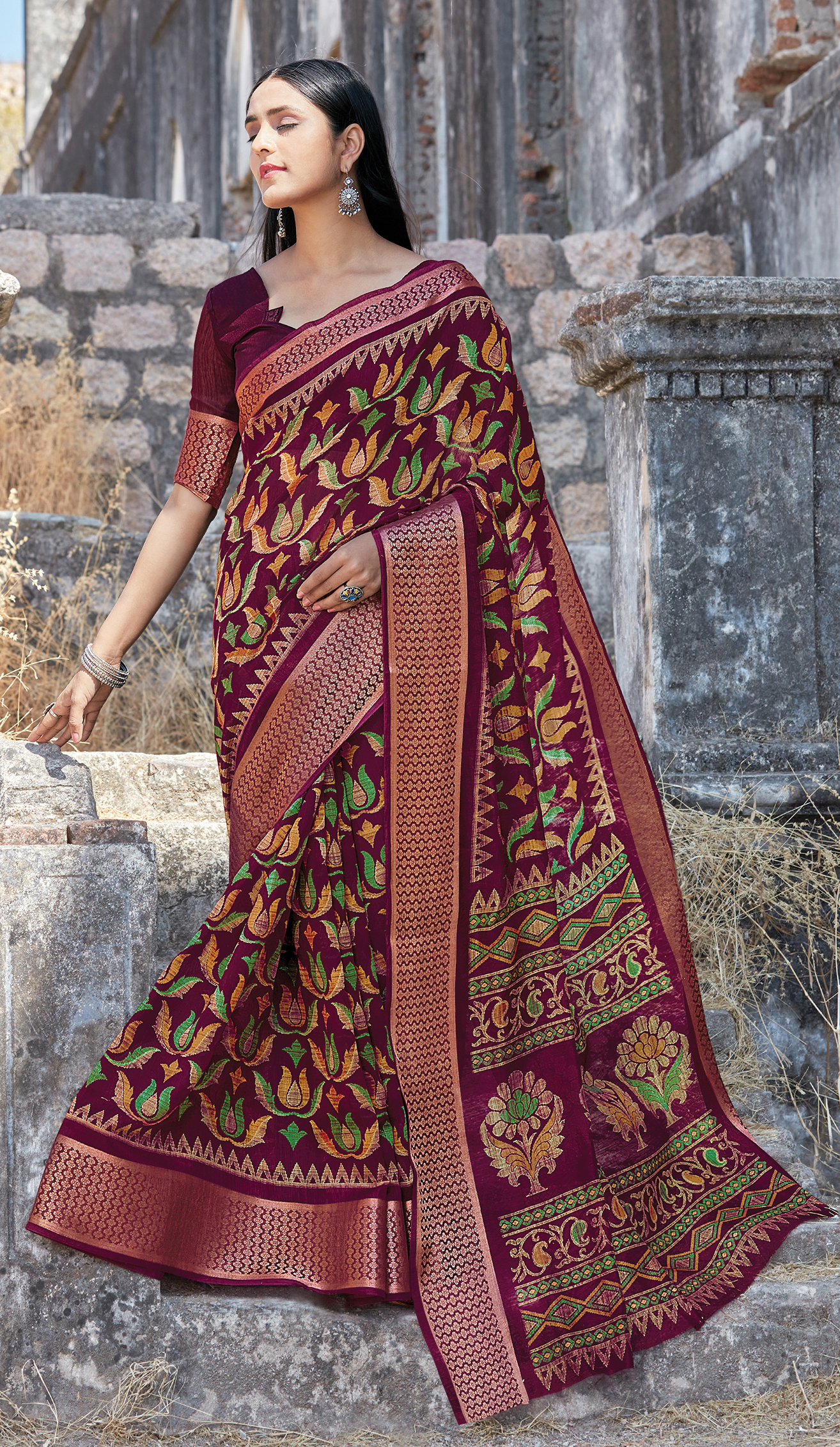 Best Traditional Red Color Silk Saree With Designer Blouse