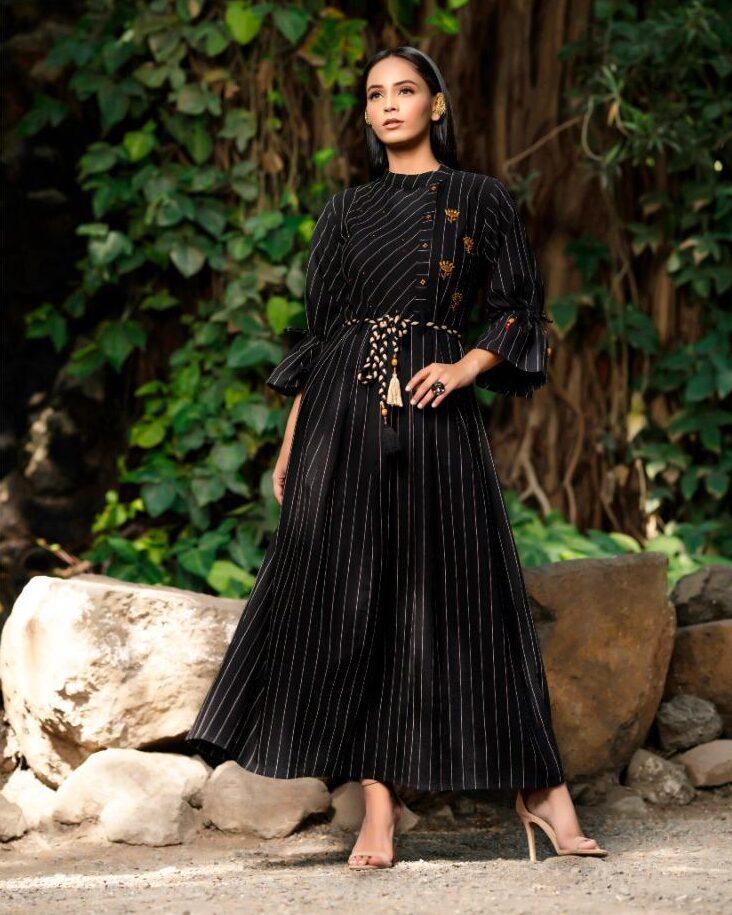 New Best Designer Black Color Design For Frok Suit.