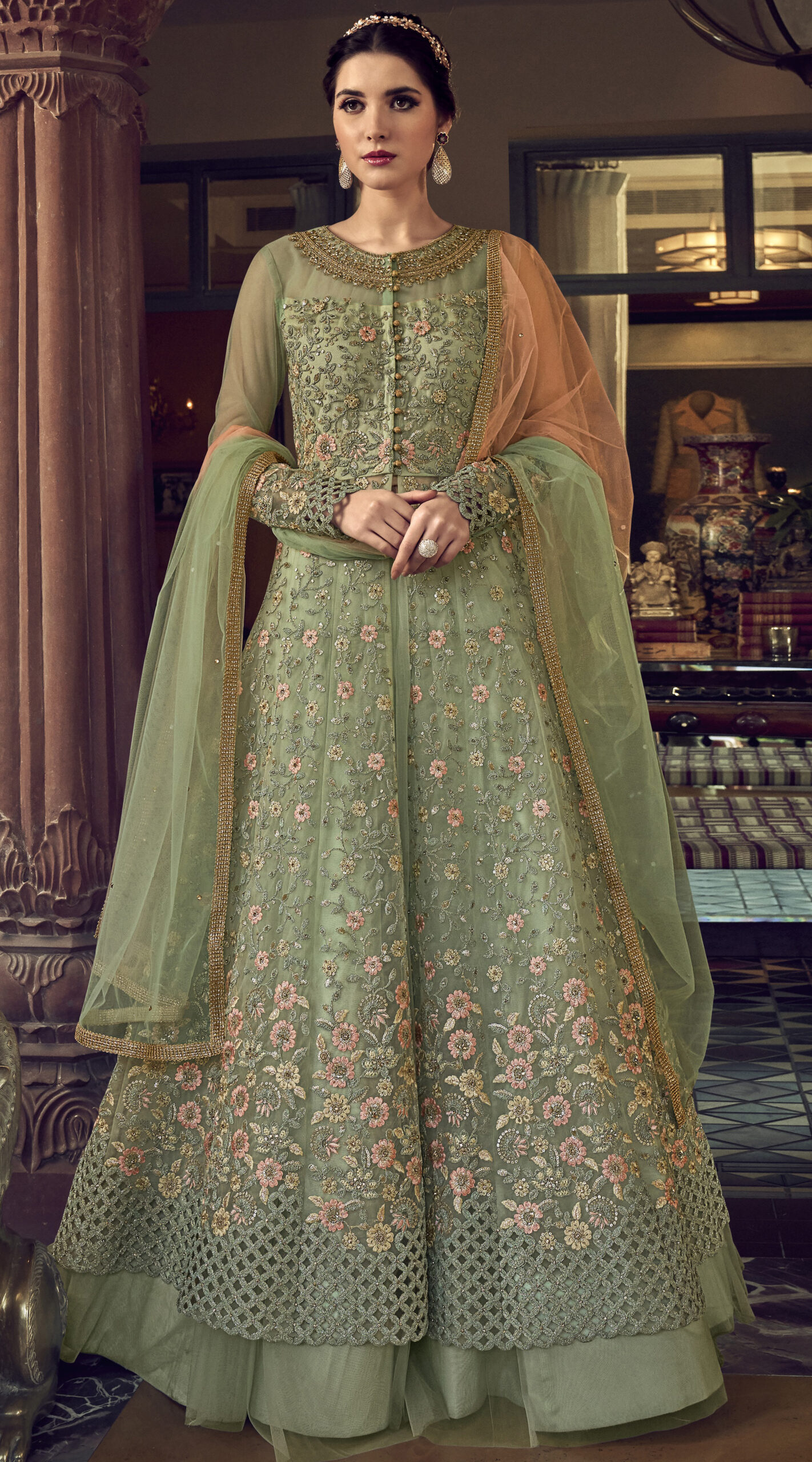 Kundali Bhagya Preea Dress Image in Doubble Layered Gown n Net