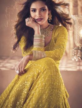 Latest haldi function dress for bride sister